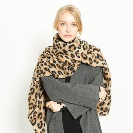 Sciarpa infinita morbida online-Muchique Leopard Printed Scarf Women Winter Blanket Scarf Warm Soft Infinity Scarfs per Ladies Shawl 775143