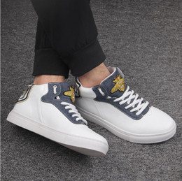 52f57c7c20d0a 2018 strass italiano 2018 novo estilo homens abelha de ouro partido dress  shoes bordado coruja brilho