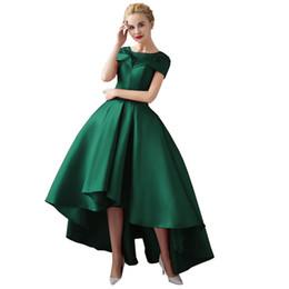 Deutschland High Low V-Ausschnitt Prom Kleider 2017 Red Front Short Lange Zurück Formale Kleid Cap Sleeveless Elegante Party Abendkleider Versorgung