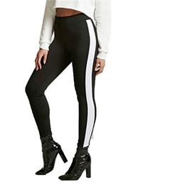 Leggings noirs et blancs en Ligne-Motif Leggings Femmes Imprimé Pantalon Nouvelle Arrivée Sporting Mince Noir Pantalon avec Blanc Stripe Fitness Leggings Haute Qualité