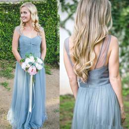 Vestito blu polveroso manica lunga online-2019 Dusty Blue Cap Sleeves Tulle lunghi abiti da damigella d'onore increspato piano lunghezza ospite di nozze abiti lunghi damigella d'onore BC0155