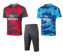 Jerseys europeos de fútbol online-Camiseta de entrenamiento de fútbol jersey 2018 19 Copa de la UEFA uniforme de fútbol pantalón corto de manga corta rojo azul juego de deportes de los hombres