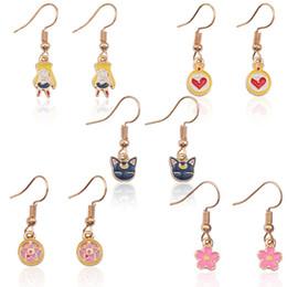 Historieta de la luna del marinero online-Anime Sailor Moon Earrings para mujeres de dibujos animados Tiny Gold Esmalte flor Girl Star Cat Heart Earrings Lindo oro Ear Jewelry al por mayor