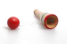 Jouets en bois en Ligne-Vente chaude Compétence Boule Tasse Épée Boule Main Oeil Coordination Exercice En Bois Jouet Jeu Sport Jouet