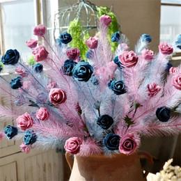 2020 flores coloridas artificiais Simulação Emulação Flor Eather Rose Espuma Artificial Cor Pura Seca Buquê de Flores Festa Cerimônia De Casamento Decoração 2 25al bb flores coloridas artificiais barato