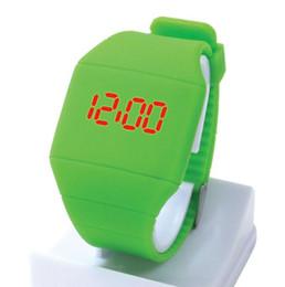 Reloj led de goma para hombre online-2018 Niza Unisex para hombre mujeres estudiantes cara cuadrada diseño deporte caucho digital táctil led relojes moda niños niños relojes de pulsera al aire libre