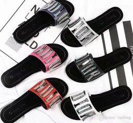 Argentina Europa y los Estados Unidos nuevos zapatos de playa de cadena de plástico color caramelo sandalias de gelatina cadena sandalias de fondo plano supplier plastic bottom Suministro