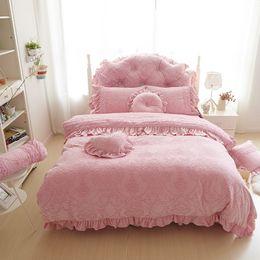 Wholesale Thick Cotton Sheets - Wholesale-Thick Warm Velvet Duvet Cover Set King Queen 4 6pcd Pink Princess Bedspreads Bed Sheet Lace Flower Bedding Sets Home Textile