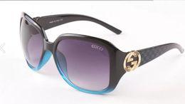2019 papillons encadrés pas cher Perle monture surdimensionné Italie pilote lunettes de soleil femmes tendance 2018 Rivet gradient designer creux lunettes de soleil vintage perle femmes