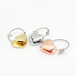 Favori di nozze portachiavi cuore online-Amanti portachiavi a forma di cuore in metallo Coppia di portachiavi a filo Fascini Accessori Bomboniera ZA6614