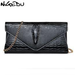 43ea4dd1b NIGEDU Marca de Moda 3D Crocodilo mulheres saco de embreagem de luxo jacaré  senhoras sacos de noite e embreagens cadeia de mulheres bolsa de ombro ...
