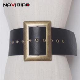 Moda 2018 Nuevo Metal Gran Hebilla Cuero de la Pu Superar Cinturón Ancho  Mujer Retro Cinturón de Todo el Partido Sólido Cinturón Negro Mujeres Kemer  Riem 5480592f962f