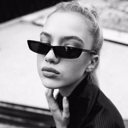 pequeños espejos enmarcados Rebajas [EL Malus] Pequeño Retro Cuadrado gafas de sol del marco delgado UV400 Mujeres Sexy Ladies Gafas de Sol Mujer Amarillo Blanco Negro Lente Espejo SG068