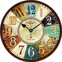 Batterie europee online-Orologio da parete in legno da 12 pollici Orologio da parete europeo Orologio da parete silenzioso Batteria al quarzo Antico orologio da salotto vintage