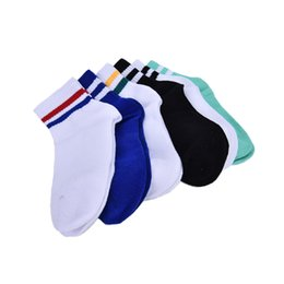 old women socks Coupons - Wholesale- Classic Long Two Striped Socks Old School of High Quality Cotton for Women Men Skate socks