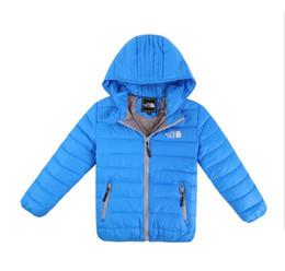 Wholesale Wholesal Nueva Moda Invierno Niños Ropa Niños Niñas Abrigo de invierno Niños Chaquetas cálidas Ropa de esquí Ropa de abrigo Conjunto de ropa