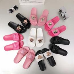 873e44abf84e2c Sandals Medusa Shoes Menswear Summer Flowers Zip Slippers Slippers Black  White Brands Love Shoes Slideshow Designer Women Sandals flip flops flowers  outlet