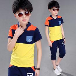 2019 vestuário idade 12 Big Boy Manga Curta T Shirt + calça curta 2 pc Conjuntos de Roupas de Verão para Crianças roupas de Verão Crianças Novos Meninos Roupas Ternos 4-14 Idades Y1893004 vestuário idade 12 barato