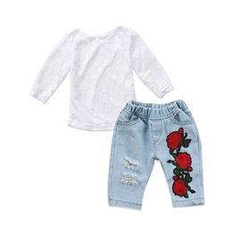 2019 джинсовая вышивка 2Pcs Toddler Kids Baby Girls Lace Long Sleeve Tops Embroidery Floral Hole Denim Jeans Outfits Clothes Set дешево джинсовая вышивка