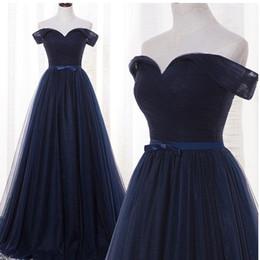 Bleu marine Real Photos A-ligne hors-épaule Tulle plissé robes de soirée Ceintures de satin avec noeud Sexy Back Floor-longueur robe de soirée ? partir de fabricateur