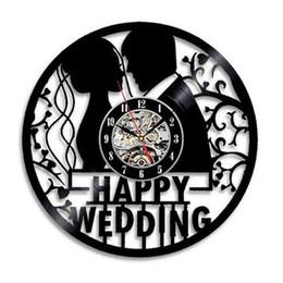 Happy Wedding Anniversary Vinyl Orologio da parete Modern Home Decor Room Decoration Wall Art Orologio creativo (Dimensioni: 12 pollici, Colore: Nero) cheap wedding anniversary art da arte dell'anniversario di matrimonio fornitori