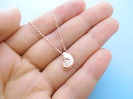 10 STÜCKE Nette 3D Muschel Halskette Conch Sea Shell Halskette Ariel Stimme Ozean Strand Halskette Spirale Swirl Sea Snail Halsketten von Fabrikanten