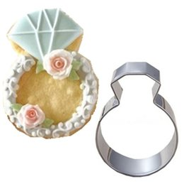 Wholesale Ring Cupcakes - Wedding Ring Cartoon Girl Party Metal Biscuit Mold Patisserie Gateau Cake Pastry Baking Tools Cupcake Toppers
