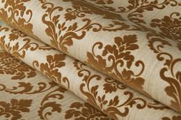 Carta da parati fluttuava d'epoca online-53 cm di larghezza per 10 metri di lunghezza Bronzo dorato Borgogna Vintage classico retrò damasco velluto floccato Wallpaper