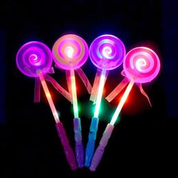 Abiti di lollipop online-2018 Bambini LED Light-Up Lollipop Glow Sticks Ragazze Principesse Lampeggiante Bacchetta magica Bastoncini Abito da festa Natale Navidad Capodanno