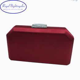 Cajas de satén de seda online-Calidad Navy Satin Silk Hard Case Box Embrague Bolsos de noche y bolsos de mano Bolsos con cadena de hombro para fiesta de baile