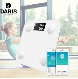 Напольные дисплеи онлайн-SDARISB Bluetooth весы для пола Вес тела Весы для ванной Smart Smartlight с подсветкой Вес тела Body Body Fat Water Muscle Mass BMI