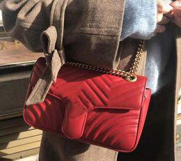 El nuevo bolso de lujo clásico europeo del hombro del hombro de las señoras del estilo, cuero puro, diseño de la forma del corazón, decoración, cierre del corchete, más desde fabricantes