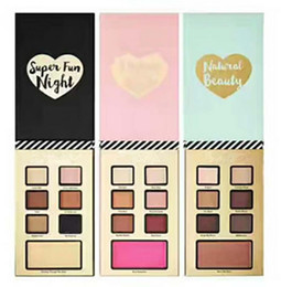 Wholesale fun nights - Newest best year ever set Christmas EyeShadow 7 color with three type i believe in pink  natural beauty  super fun night Palette kits