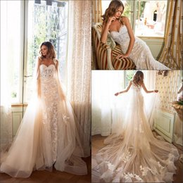 wedding dresses lace cloaks Coupons - 2019 Wedding Dresses Mermaid Vestido De Novia with Cape Cloak Vintage Lace Summer Boho Bridal Gowns Custom BA9902