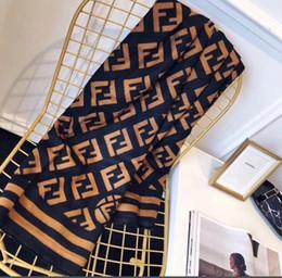 2019 nouvelle chaude écharpe Cachemire Designer Châle Conception Marque De Mode Automne Hiver 180 * 65 CM Femmes Écharpe Classique ? partir de fabricateur