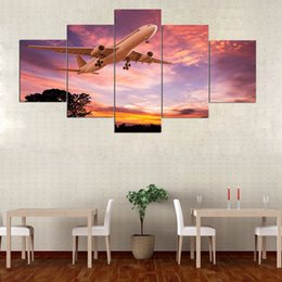airplane prints Australia - Canvas Paintings Wall Art Home Decor 5 Pieces Airplane Flying with Sunset Clouds Pictures HD Prints Aircraft Poster Living Room