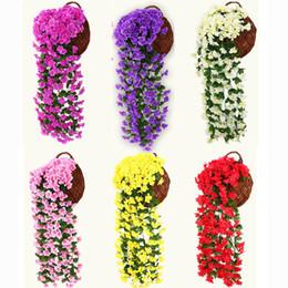 Recinzione di fiore artificiale online-31.5inc / 80cm Artificiale Viola vite Fiore Wall Hanging Vines Fiore Viola Vite Rattan Per La Casa Balcone Recinzione Decorazioni di Nozze