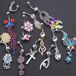 anneaux de nombril en plastique Promotion 20pcs mélange style cristal nombril barres barres piercings corps balancent anneau de nombril pour femme plage bijoux