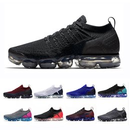 blanc chaud Promotion VaporMax 2018 Air Cushion Off Maxes VM 2.0 Chaussures De Course Pour Hommes femmes Triple Black White Vapor Athletic formateur Marque Sports Sneakers 36-46