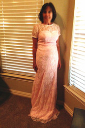 Hochzeitskleid einfache spalte online-Bodenlangen Spalte Volle Spitze Mutter der Braut Kleid Kurzarm Jewel Neck Einfaches Design Hochzeitsgast Kleider Formale Partykleid