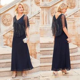 2019 Elegante Kleider für die Brautmutter Wedding Guest Wear Chiffon-Marineblau mit V-Ausschnitt von Fabrikanten