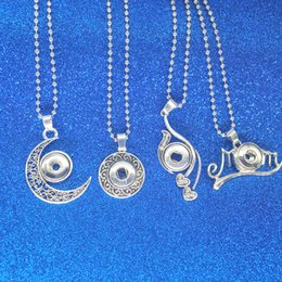 Wholesale Celtic Moon Pendant - 4 types Noosa Snap Button Necklace Mom Heart Moon Necklace Pendant clasps Fashion DIY Jewelry for Women Drop Shipping
