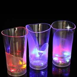 Wholesale Light Up Drinking Cups - LED Flash Light Whisky Drink Glass Cup Acrylic Glasses Light Up Inductive Beer Bar Party Wedding Club Supplies OOA4349