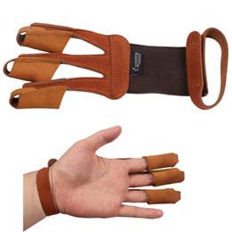 корова перчатки Скидка Стрельба из лука 3 палец гвардии защитная перчатка корова кожа замша палец Tab протектор для изогнутый лук обучение