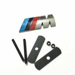 Auto grills online-Für BMW /// M Frontgrill Grill Emblem M Abzeichen Aufkleber Auto Metall Aufkleber M3 M4 M5