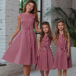Wholesale Mom Vest - Girls plaid Bows vest dress 2018 summer new red plaid pleated dress Matching mom and daughter family clothing kids princess dress A00225