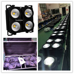 2021 le luci di blinder di fase 4 eye blinder led cob dmx 4 stuks con flightcase 4x100W COB led blinder Audience stage Lighting Equipment