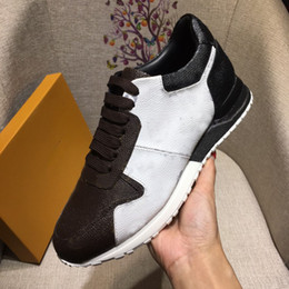 Laufschuhe schnüren sich oben online-RUN AWAY sneakers designer shoes High-quality LUXURY shoes lace-up sneakers BRAND men casual shoes size 38-44 model 257755514