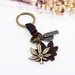 Wholesale Rings Canada - Canadian Proudly Canada Maple Leaf Keychain Key chain Accessories Vintage Leather key ring Maple Leaf Keychain