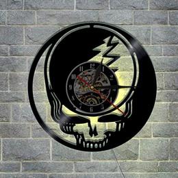 navires cloches Promotion Horloge décorative reconnaissable mort crâne Vintage horloge murale 3D avec disque de vinyle léger avec télécommande (couleur: multicolore)